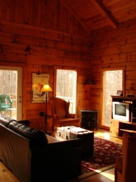 Fox Cove Living Area - Hocking Hills Log Cabins and Vacation Homes - Logan - rentals