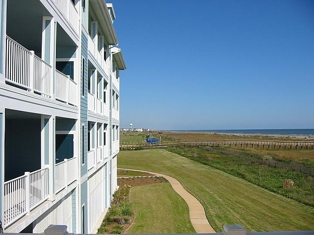 Huge Balcony Overlooks Ocean - Closest to the Beach at Pointe West!  2/2 Condo - Galveston - rentals