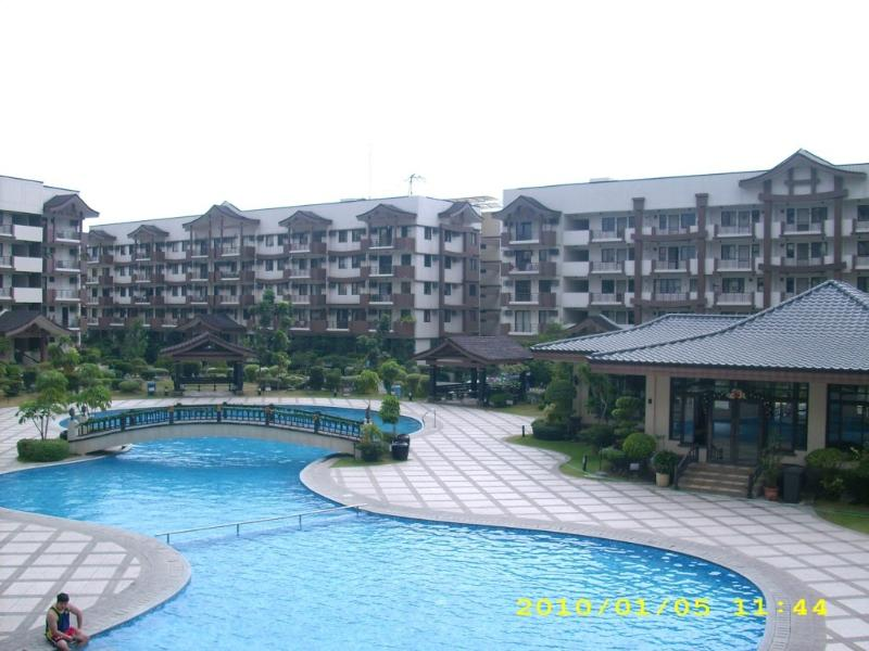 Swimming Pool shot from Club House - 3-B/Room Furnished Condo Unit, Near Airport - Taguig City - rentals