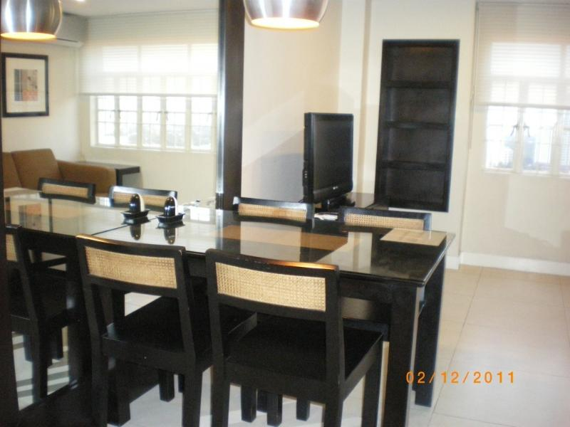 Dinning area - 2bedroom 2 bathroom condo near Ortigas and Makati - San Juan - rentals