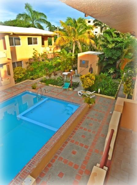 Pool Veiw - 5 star 0ne bedroom steps to the beach - Costambar - rentals
