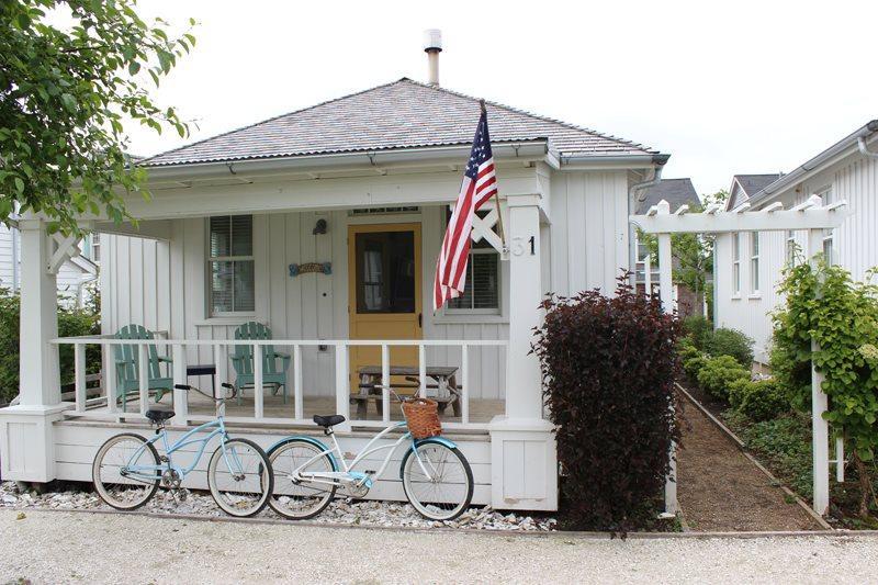 Zinnia`s Cottage - Image 1 - Pacific Beach - rentals