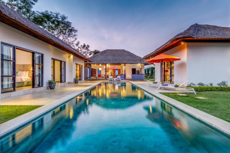 Big swimming pool 16X4 - Beautiful villa ,4 rooms with long pool - Ungasan - rentals
