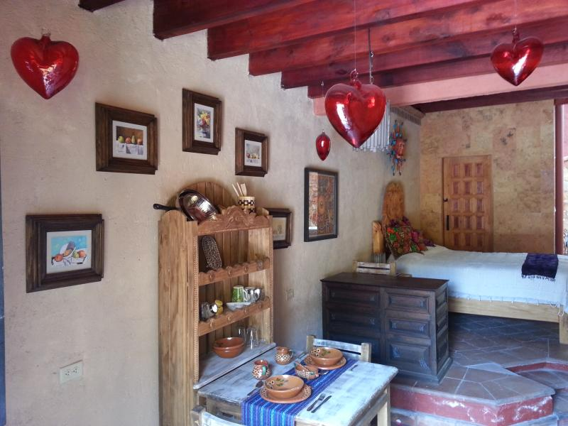 Cozy Mexican Loft with all the necesary to make your stay comfortable! - Loft Casa Amor San Miguel de Allende - San Miguel de Allende - rentals