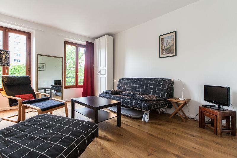 Main room - Delightful Renovated Studio in Montparnasse,  Paris - 14th Arrondissement Observatoire - rentals