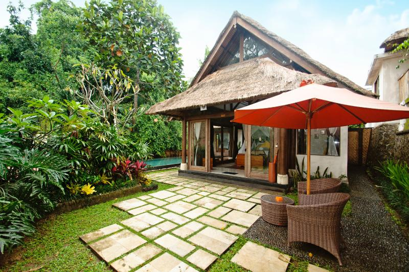A view of the exterior of Villa Ananda Sri - Rustic Luxury: Villa Ananda Sri - Ubud - rentals