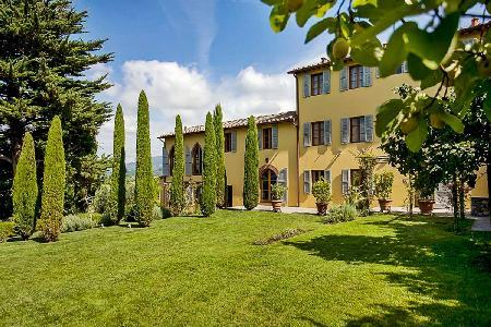 Hilltop La Corte Malgiacca Estate- vineyard views, pool & lush grounds - Image 1 - Lucca - rentals