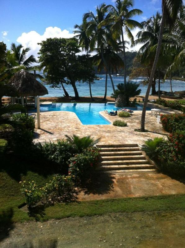 Right. At. The. Beach. 2 BR. Sleeps 6. Pool. A/C. - Image 1 - Las Galeras - rentals