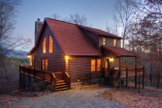 Trails End Retreat has a fenced in area for your pet - Trails End Retreat - Ellijay, GA - Ellijay - rentals