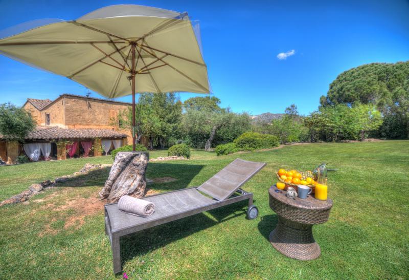 CAL MINGO Rural villa, 18 sleeps, near Sitges, BCN - Image 1 - Sitges - rentals