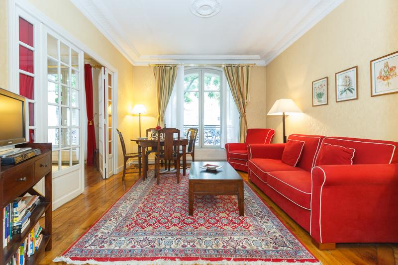The large living room - Clair de Lune 2 bedroom Montmartre - Paris - rentals