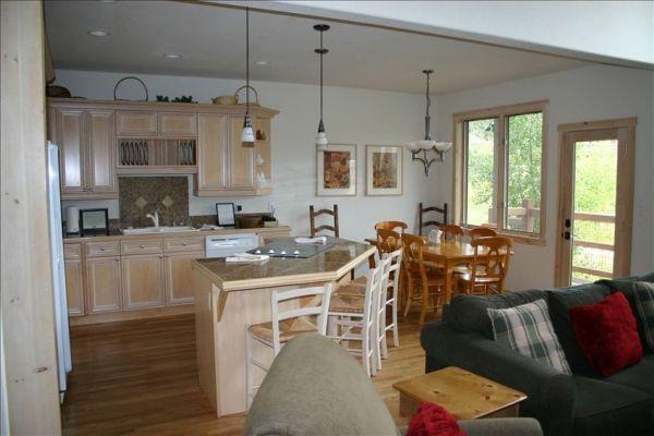 EN402 Ranch at Eagles Nest 3BR 4BA - Silverthorne - Image 1 - Silverthorne - rentals