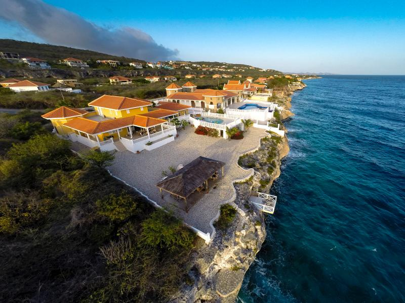 WINNER: 2014 Certificate of Excellence by TripAdvisor, and 2013 FlipKey Top Vacation Rental - Watch Turtles, Dolphins, and Beautiful sunsets - Curacao - rentals