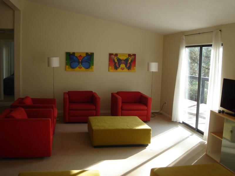 Comfortable living room - CREEKSIDE HOME at Sequoia Resort - house 4 - Badger - rentals