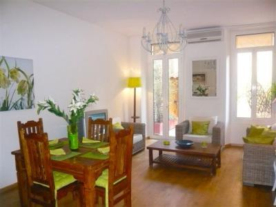 Jaures Terrasse 2 Bedroom Flat with a Balcony, in Cannes - Image 1 - Cannes - rentals