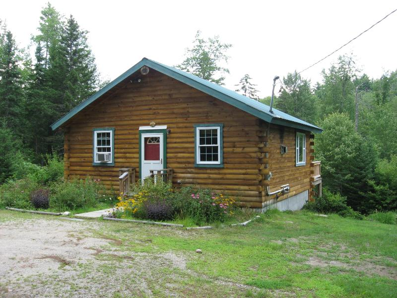 Brookside Cabin - The Brookside Cabin - Brownfield - rentals