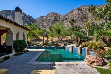 Modern Casa Cristal with saline pool- jacuzzi & fire pit, near golf - Image 1 - Indian Wells - rentals