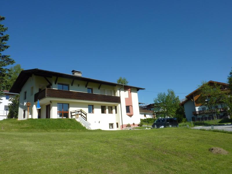 Haus Jonghof seen from the fields - Great large 2-bedroom garden flat with amazing vie - Seefeld - rentals