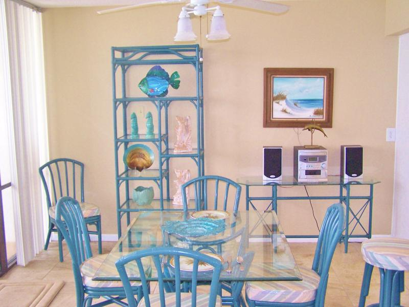 Perfect Sunsets and Splendid Amenities at 4th Floor 2 Bedroom - Image 1 - Panama City Beach - rentals
