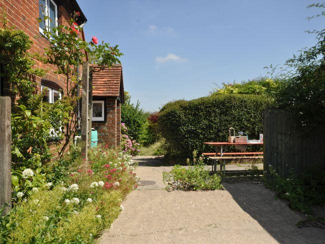 Outside area of the property - WCORN - West Sussex - rentals