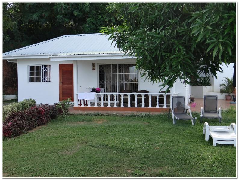 Au Cap Self-Catering Guest House - Image 1 - Au Cap - rentals