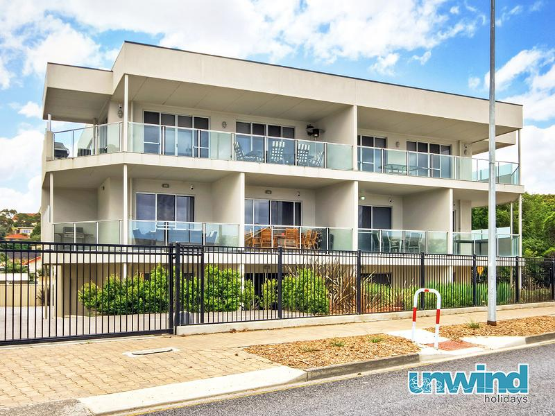 Unwind @ 5 at The Block Apartments Penthouse - Image 1 - Victor Harbor - rentals