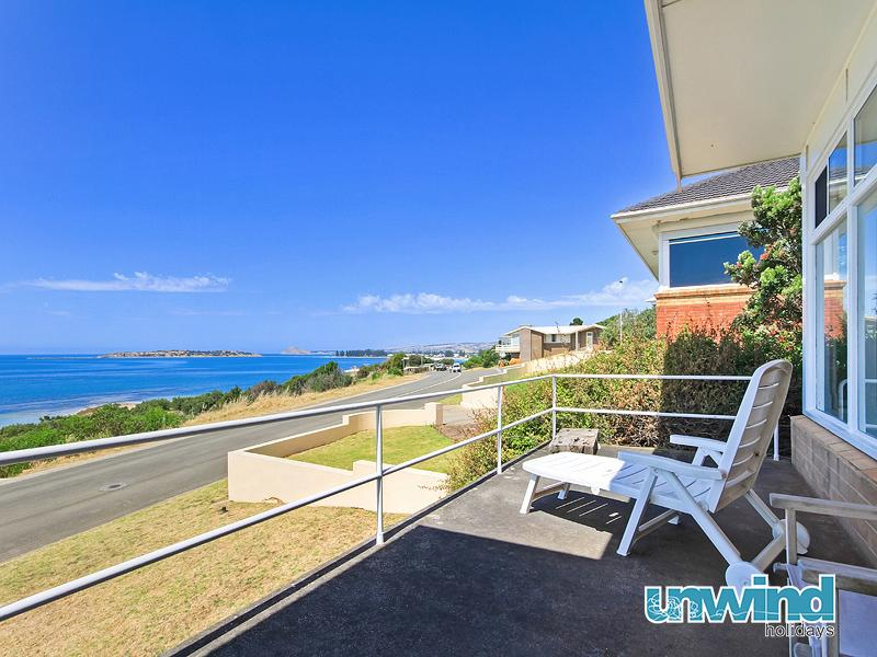 Unwind @ The Point - Hayborough - Image 1 - Victor Harbor - rentals