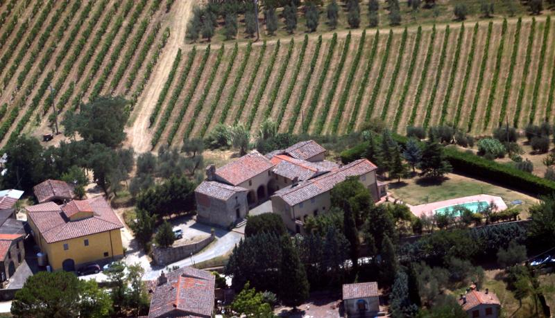 aerial view - 2 Bedroom Apartment at Campochiarenti in Tuscany - San Gimignano - rentals