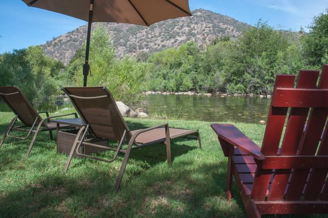 Perfect spot to relax by the river - Rustic Cabin on the Main Fork of the Kaweah River - Three Rivers - rentals