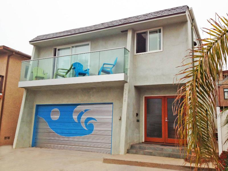 Street view of my house - Manhattan Beach Townhome with a water view - Manhattan Beach - rentals