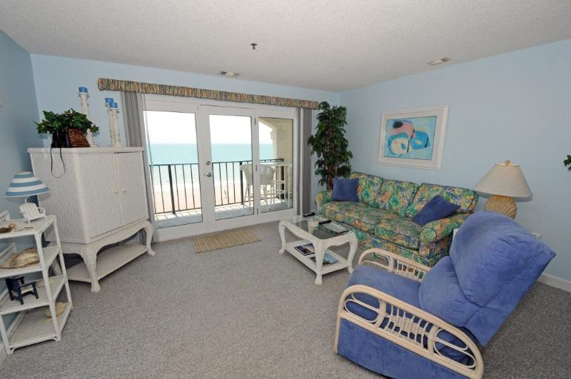 Living Room - Villa Capriani 316-A Oceanfront | 3 Pools, Largest Pool on NC Coast, 2 Hot Tubs, Grill Area, Tennis Courts, Restaurant, Internet - North Topsail Beach - rentals