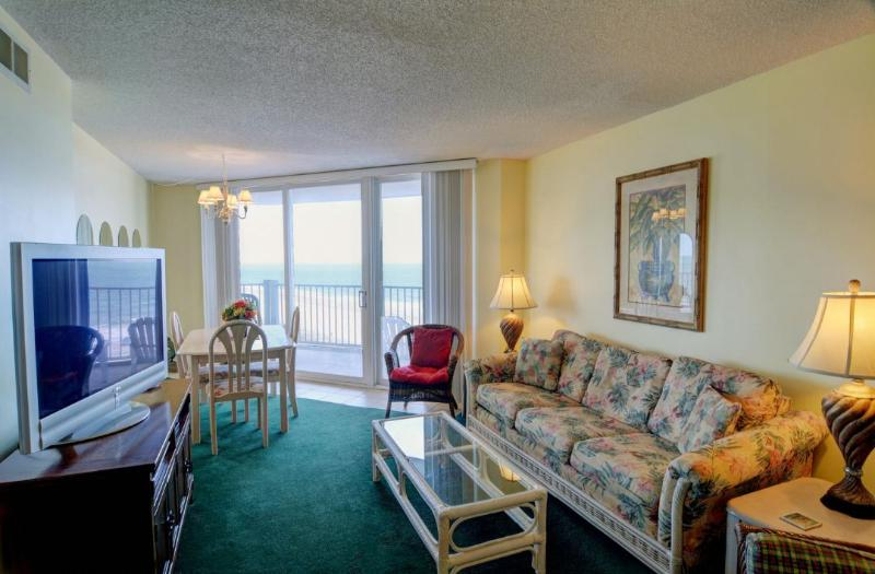 Living Area - St. Regis 2609 Oceanfront! | Indoor Pool, Outdoor Pool, Hot Tub, Tennis Courts, Playground - North Topsail Beach - rentals