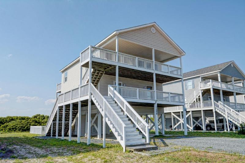 1255 New River Inlet Rd - New River Inlet Rd 1255 Oceanview! | Private Pool, Internet, Pet Friendly - North Topsail Beach - rentals
