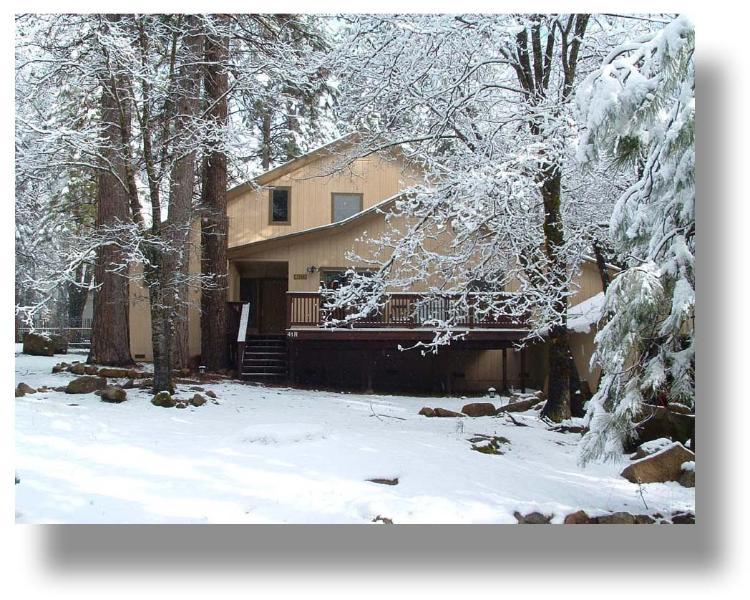Wawona Home in winter - Beautiful spacious Yosemite home  (WawonaHome.com) - Yosemite National Park - rentals