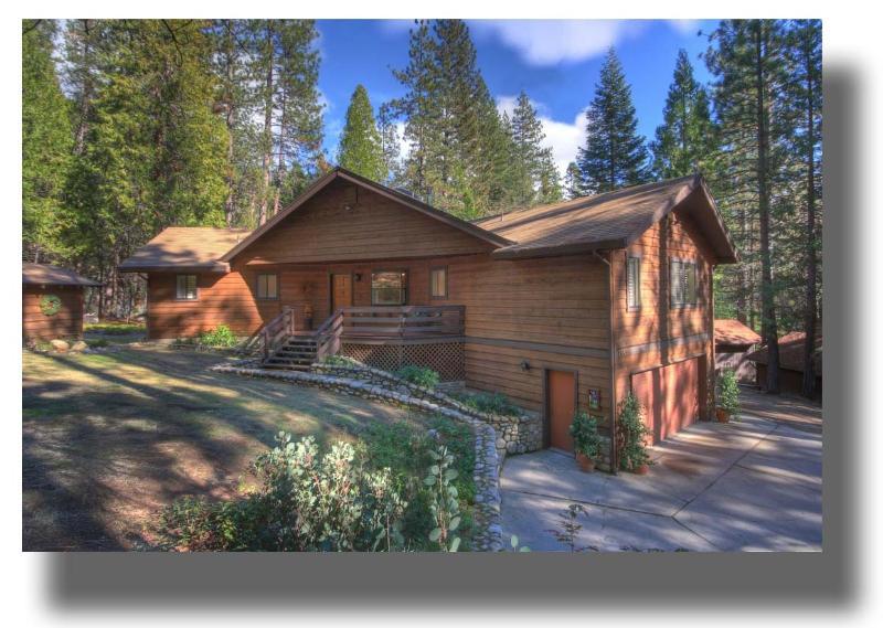 Wawona Glade in summer - Beautiful location in Yosemite - WawonaGlade - Yosemite National Park - rentals