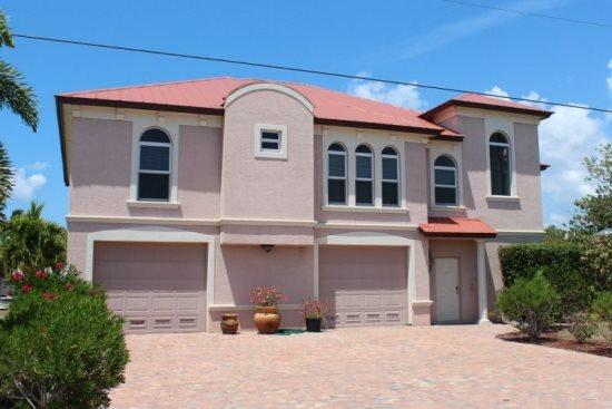 Gorgeous New Canal Home - Venetian Grande -  Venetian Grande - Fort Myers Beach - rentals