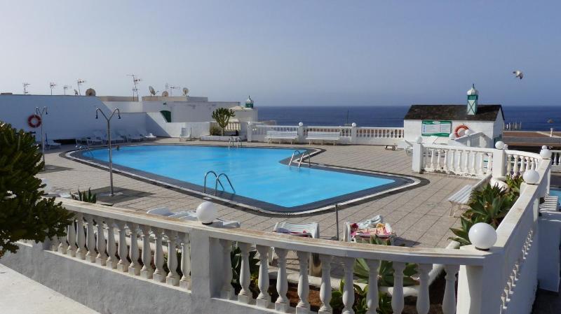 Private swimming pool - Nice Seaview Apartment in Lanzarote - Puerto Del Carmen - rentals
