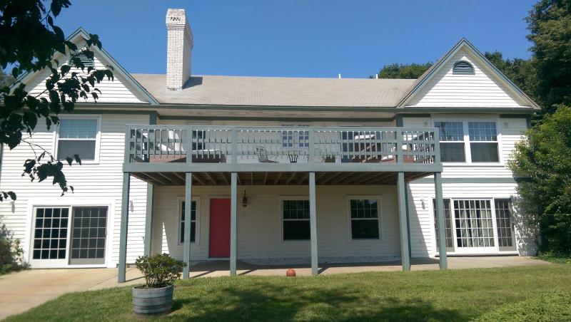 Exterior - Large PET-FRIENDLY 5br close to best bay beaches - Brewster - rentals