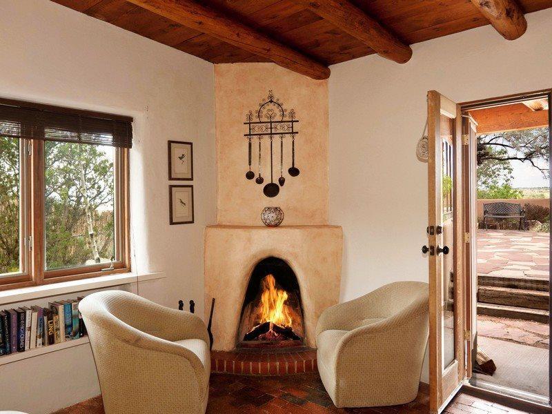 Patio to front door - Hummingbird - Spectacular Views - Santa Fe - rentals