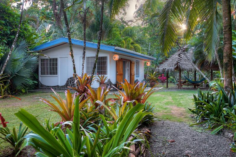 Robinson Beach Bungalow - Robinson Beach Bungalow - Punta Uva - rentals