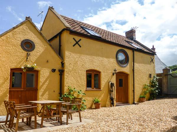 THE OLD COTTAGE, old terraced cottage, peaceful location, WiFi, in Hutton, Ref 29986 - Image 1 - Weston super Mare - rentals
