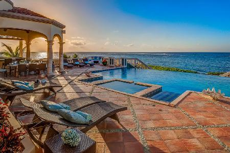 Villa Amarilla on the Sea Rocks of Island Harbor with spacious living and dining & pool - Image 1 - Island Harbour - rentals