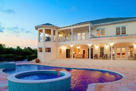 Rafters on pristine grounds facing the canal with pool- jetted tub & dock - Image 1 - Leeward - rentals