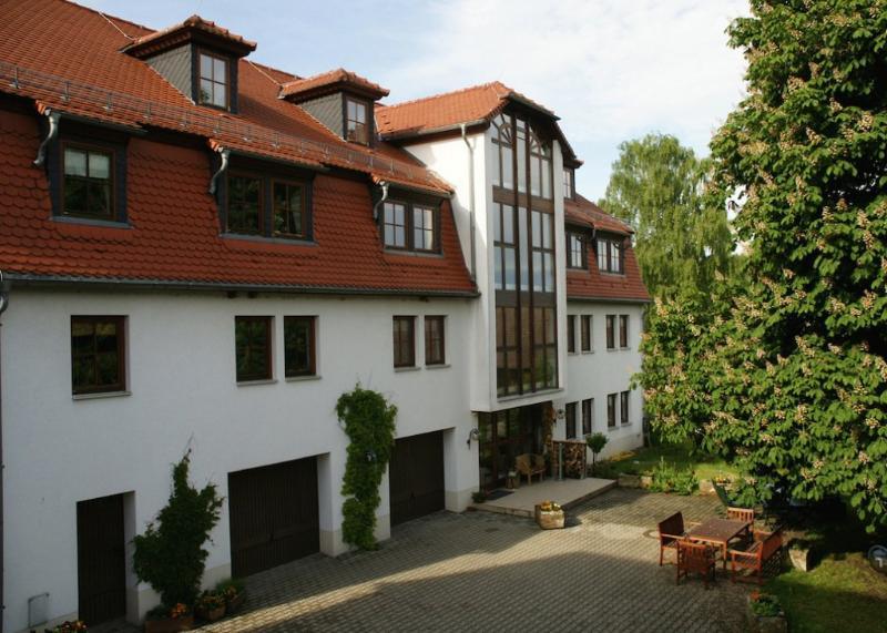 Vacation Apartment in Königstein (Saxony) - 969 sqft, comfortable, rustic furnishings (# 1700) #1700 - Vacation Apartment in Königstein (Saxony) - 969 sqft, comfortable, rustic furnishings (# 1700) - Koenigstein - rentals