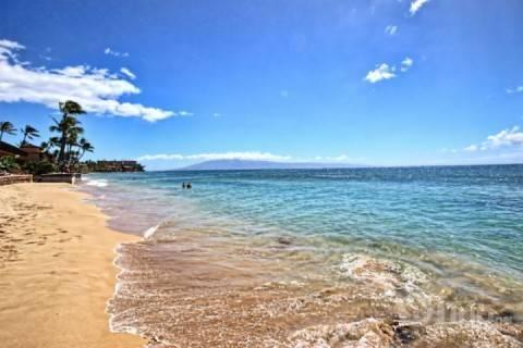 Oceanfront Makani Sands One Bedroom - Image 1 - Napili-Honokowai - rentals