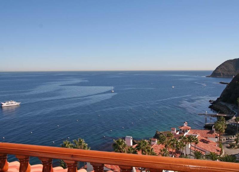 Hamilton Cove Villa 18-69 - Image 1 - Catalina Island - rentals