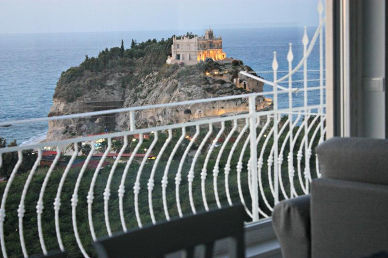 Amazing view from living room - Luxury holiday home and stunning seaview in Tropea - Tropea - rentals