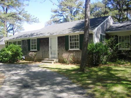 Exterior of cottage - 18 Bonnie Lane South Harwich Cape Cod - South Harwich - rentals
