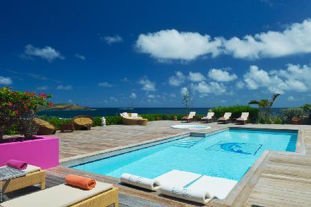 Popular Vie en Rose villa with 2 acres of garden, pool & private beach access - Image 1 - Petit Cul de Sac - rentals