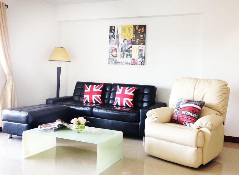 Perfect Location - GREAT VALUE CONDO - Image 1 - Hua Hin - rentals